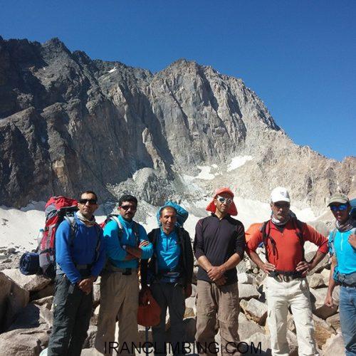چهارمحال و بختیاری: صعود به دیواره علم کوه
